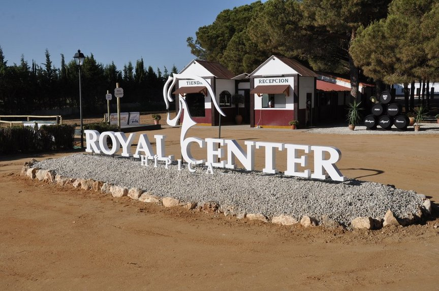 Royal Center